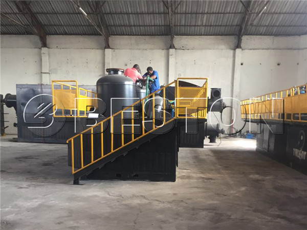 BLL-30 waste plastic pyrolysis plant installing
